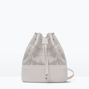 "alt= ""white bucket bag"""
