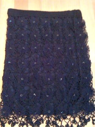alt=<Black skirt>