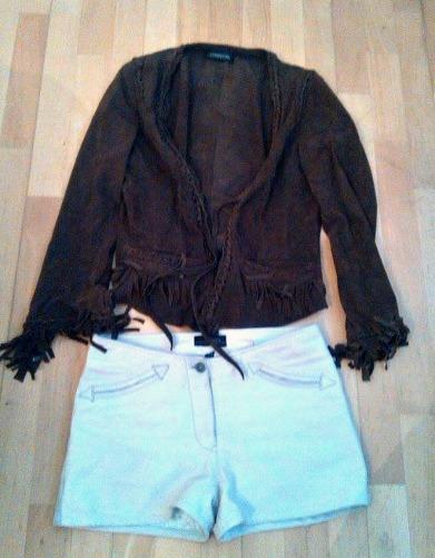 alt=<brown suede Jacket>