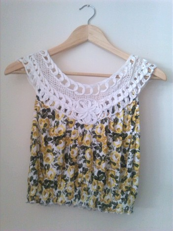alt=<yellow floral top>