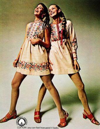 alt=<70s-peasant-dresses>