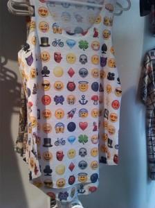 alt=<emoji bib>
