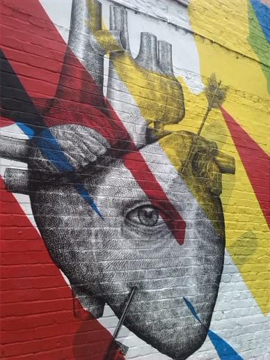alt=<heart graffiti>