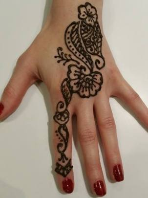 "alt=""henna tattoo"""