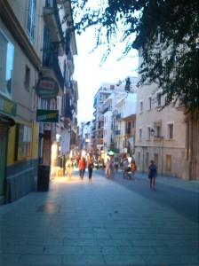 alt=<city streets>