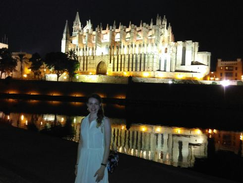 alt=<cathedral at night>