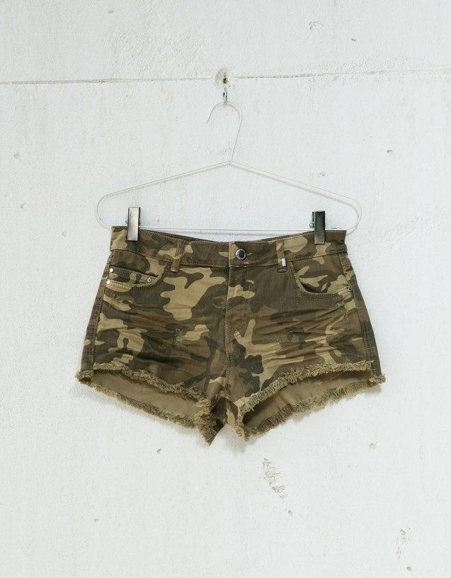 camo jean shorts.jpg