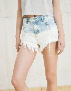 Frayed shorts €17.99. Img: Bershka.com