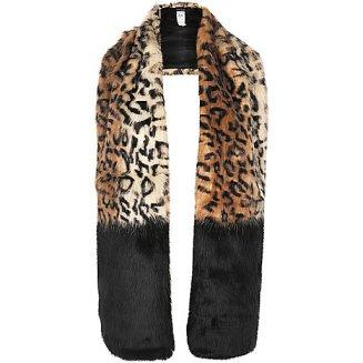 alt=<leopard print stole>