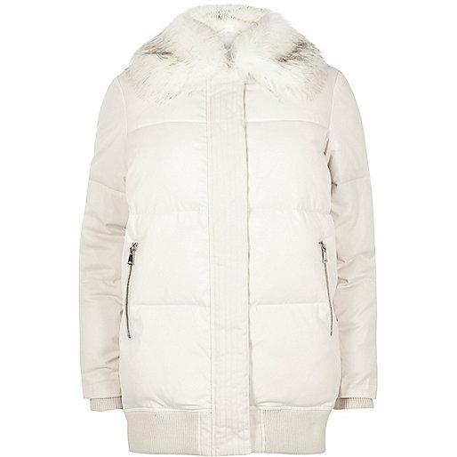 alt=< River Island puffy jacket>