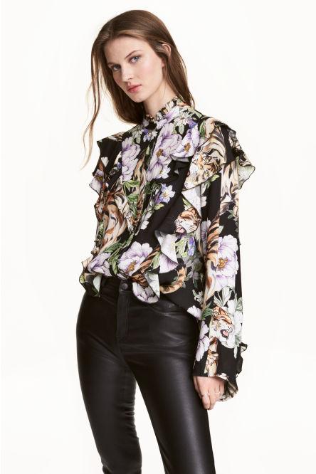 alt=< floral frill blouse>
