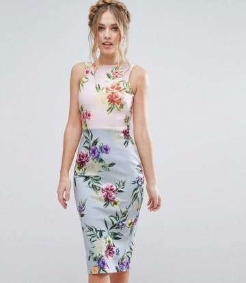 alt=< floral dress>