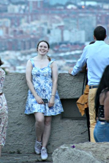 alt=<blue-and-white-dress>